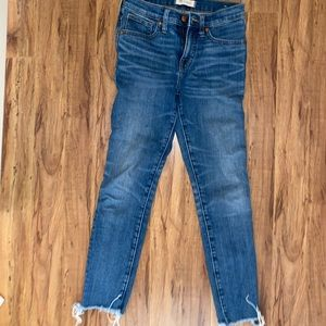 dark washed Madewell high-rise skinny crop jeans
